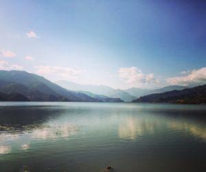 lago de Pokhara, Nepal