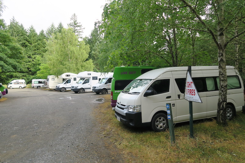 parking con furgonetas