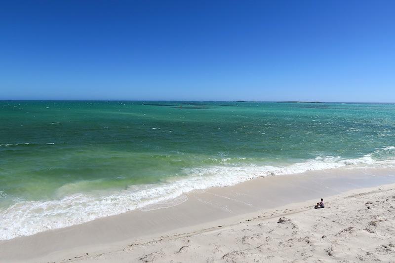playa costa oeste