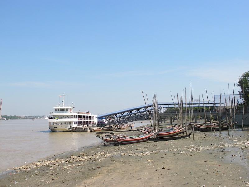 Ferry a Dalla
