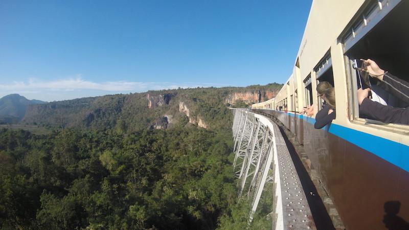 viaducto Goitek, camino a Hsipaw